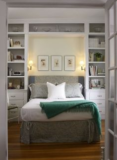 Bedroom storage ideas for small rooms double bed ideas for small rooms best small bedrooms ideas . bedroom storage ideas for small rooms Small Master Bedroom, Home Bedroom, Girls Bedroom, Bedroom Green, Master Suite, Bedroom Photos, Bedroom Nook, Teenage Bedrooms, Long Narrow Bedroom