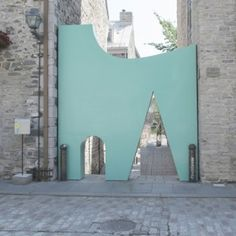 La petite vie- Fontaine/Fortin/Labelle creates Pomo-inspired entrance to Quebec passageway