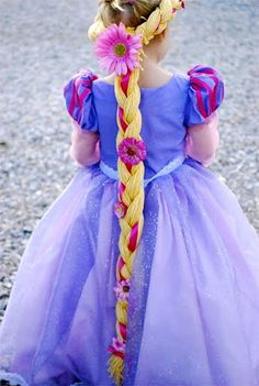 Absolutely Stunning Repunzel Costume. Made by a remarkable sewer for her young daughter - Simplicity Pattern 2065