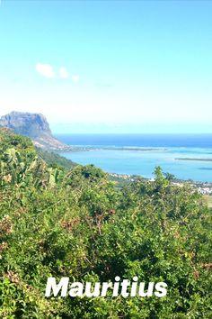 Im Indischen Ozean befindet sich ein Inselstaat, der neben seinem bekannten Nachbarn Madagaskar auch heute noch ein Geheimtipp für viele Reisende ist. Denn Mauritius Sehenswürdigkeiten gehen weit über türkisblaues Meer und kilometerlange Sandstrände hinaus. Klettere imposante Berge empor oder entdecke Wasserfälle und Wildtiere im Regenwald. Die Weltoffenheit und Lebensfreude der Einheimischen ist nicht nur in der Hauptstadt, sondern im gesamten Inselstaat ansteckend. Mauritius, Flora Und Fauna, Strand, Mountains, Nature, Travel, Outdoor, Madagascar, Ocean
