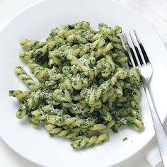 Kale-Walnut Pesto Pasta