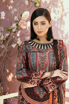 Neck Designs For Suits, Sleeves Designs For Dresses, Neckline Designs, Dress Neck Designs, Stylish Dresses For Girls, Stylish Dress Designs, Fancy Blouse Designs, Simple Dresses, Pakistani Fashion Party Wear