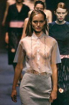 15a9d39a94 Prada - Spring Summer 1998 Amber Valletta