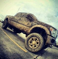 big jacked up trucks mudding Jacked Up Chevy, Jacked Up Trucks, Cool Trucks, Big Trucks, Pickup Trucks, Muddy Trucks, Lifted Ford, Lifted Jeeps, Ford 4x4
