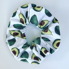 Handmade Avocado Hair Scrunchie – Handmade Avocado Hair Scrunchie – hashtag Source by Avocado Hair, Cute Avocado, Girly Things, Cool Things To Buy, Diy Hair Scrunchies, Velvet Scrunchie, Accesorios Casual, Teen Fashion Outfits, Cute Jewelry