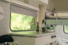 Aven'toF' - Caravanity | happy campers lifestyle Eriba Puck, Happy Campers, Caravan Makeover, Retro Caravan, Curtains, Lifestyle, Ibiza, Home Decor, Caravan Interiors