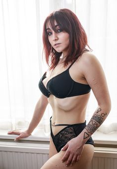 NEW - The Fat Punk Studio modelling pages present alternative model Ivy Ignis. Go explore her page.