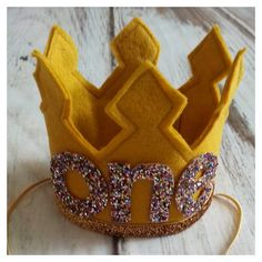 Ready To Ship Old Gold and Confetti First Birthday Girl Felt Crown, Felt Crown, Birthday Girl, photo prop, photography prop, baby birthday