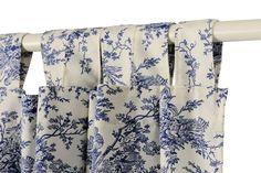 Motivos floridos que dan un toque a brisa fresca a las cortinas