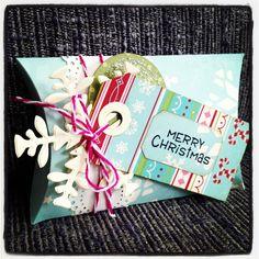 Tim holtz pillow box merry christmas