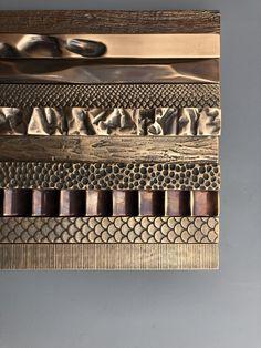 Decorative and Architectural Hardware Brass Handles, Door Handles, Door Knobs, Door Design, Wall Design, Joinery Details, Ideas Geniales, Furniture Handles, Diy Door