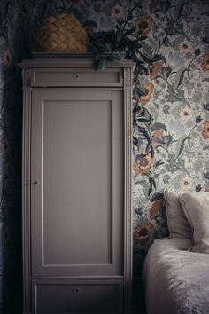 home interior design chic modern ideas Interior Wallpaper, Home Wallpaper, Design Studio, Decorating Blogs, Cozy House, Cheap Home Decor, Interior Design Living Room, Decoration, Interior Inspiration