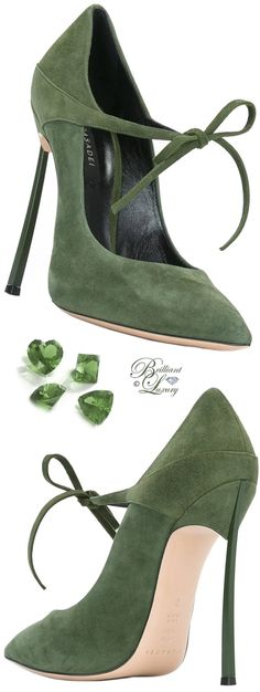 1+Casadei+lace-up+pumps-farfetch.jpg 603×1,600 pixeles