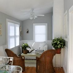 Living room colors for Holli?
