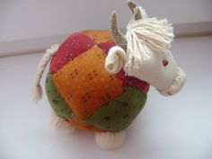 Jute Crafts, Diy And Crafts, Thread Art, Doll Hair, Fantastic Art, Fabric Dolls, Handmade Toys, Softies, E Design