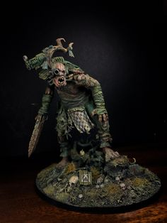 """""""Forest shakes and branches break. The Green Man is coming!!! My study of the colours and the mood of Thorn Moons. Heavily influenced by the Ever-inspiring artwork of John Blanche. &n…"""