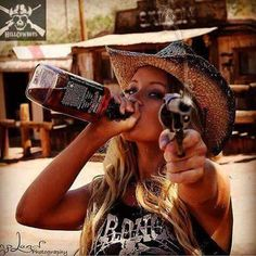 All things Jack Daniel's Whiskey Girl, Cigars And Whiskey, Beer Girl, Whisky Jack, Redneck Girl, Military Girl, Female Soldier, Gym Girls, Country Girls