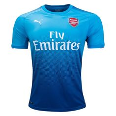 Arsenal Away Football Shirt 17/18 This Arsenal Away Football Shirt 2017 2018 is what the gunners will be wearing when they are away from the Emirates Stadium. The Arsenal 17-18 away kit brings a fresh look to North London, combining two shades of blue through a gradient.  The Arsenal 2017-2018 away jersey combine two shades of blue in […]