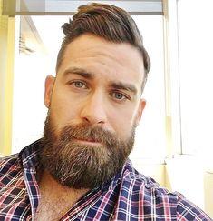 Amazing Beard Styles from Bearded Men Worldwide Scruffy Men, Hairy Men, Handsome Man, Great Beards, Awesome Beards, Short Beard, Rugged Men, Beard Love, Bear Men
