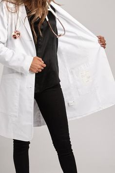 Because perfection is a moving target, we gave our already awesome lab coat a makeover. The Aurora lab coat has high-tech functionality and even higher style. Multiple pockets and fully lined.