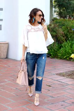 white lace blouse // distressed boyfriend jeans // itsy bitsy indulgences