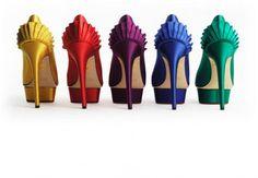 Nuevo post: #Trucos básicos para caminar con #zapatos de tacones altos y no morir en el intento. http://www.puracepastyle.es/blog/trucos-basicos-para-caminar-con-zapatos-de-tacones-altos-y-no-morir-en-el-intento/  #moda #fashion #fashionblogger