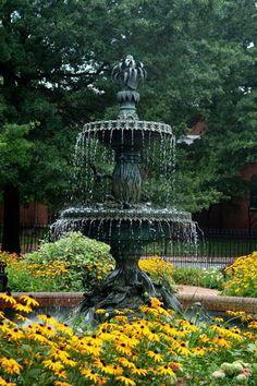 Garden_Fountain