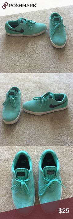 Men's Nike Lunarlon Eric Koston 2 Shoes! Eric Koston 2 Signature Model Shoes. Suede material, crystal mint color. Fits more narrow. Size 9.5 Nike Shoes Athletic Shoes