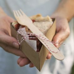 Save millions of dollars by making your own individual pie boxes from Kraft paper!
