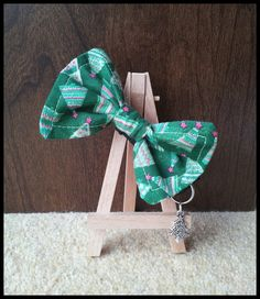 Christmas Tree Bow Tie Cat Collar by WhiskersBoutique on Etsy