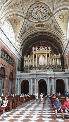 Basílica de Esztergom - Hungria © Viaje Comigo Barcelona Cathedral, Building, Travel, Renaissance Architecture, Stair Steps, City, Traveling, Countries, Europe
