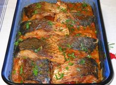 Plachie de crap – o rețetă ce merită încercată Hungarian Recipes, Turkish Recipes, Romanian Food, How To Cook Fish, Tasty, Yummy Food, Cooking Recipes, Healthy Recipes, Fish And Seafood