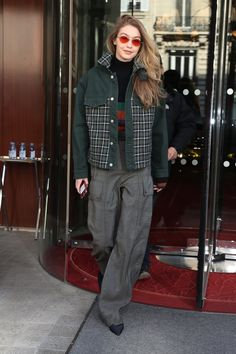 This is the first outfit of Gigi's I've liked.