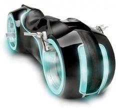 Genial: Hammacher Tron Light Cycle