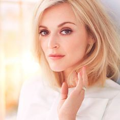 She's the DJ who ditched the Rolling Stones for breastfeeding. She's Fearne Cotton - and she's not who you think she is. Read the Red interview at Redonline.co.uk