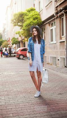 Джинсовая куртка - модный хит сезона  фото №24