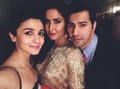 """Katrina Kaif shared a pic with her """"favourite people"""" but we wonder why she DELETED it soon after Bollywood Stars, Bollywood Fashion, Varun Dhawan Instagram, Most Beautiful Bollywood Actress, Beautiful Actresses, Alia Bhatt Varun Dhawan, Alia And Varun, New Gossip, Katrina Kaif"""