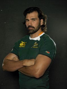 Victor Matfield - an oldie but a newbie for Rugby Teams, Rugby Players, Northampton Saints, Leading From The Front, Rugby Shorts, All Blacks Rugby, Australian Football, Rugby Men, Beefy Men