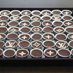 Crazy sjokoladekake i langpanne (godterikake) - Mat På Bordet Norwegian Food, Cookie Pie, Brainstorm, Cupcake, Food And Drink, Ice Cream, Louis Vuitton, Candy, Cookies