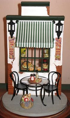 French cafe front Vitrine Miniature, Miniature Rooms, Miniature Crafts, Miniature Houses, Barbie Furniture, Dollhouse Furniture, Diy Dollhouse, Dollhouse Miniatures, Dolls House Shop