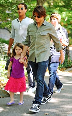 Connor Cruise, Isabella Cruise, Tom Cruise and Suri Cruise on September 7, 2010 in New York City.