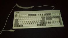 Vintage Magitronic Keyboard with AT Connector - It's a CLICKY!