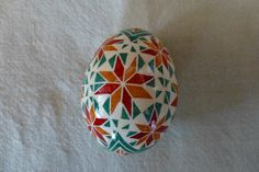 White ground with multicolor designs Easter Egg Designs, Easter Ideas, Holiday Fun, Holiday Decor, Holiday Ideas, Egg Dye, Ukrainian Easter Eggs, Egg Decorating, Christmas Traditions