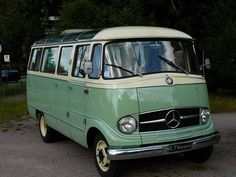 1958 Mercedes-Benz O 319 Microbus                                                            Tony this could be your first Mercedes !!!
