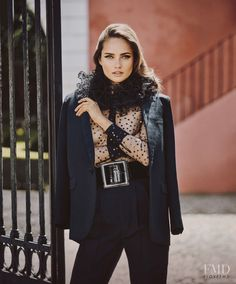 Autumn's Sun in Harper's Bazaar Spain with Karmen Pedaru - (ID:33890) - Fashion Editorial | Magazines | The FMD #lovefmd