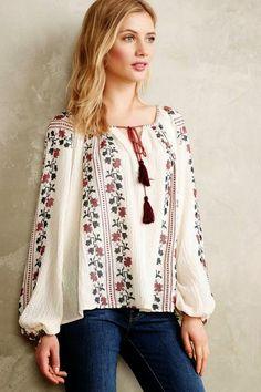 Anthropologie Vanessa Virginia Colentina Peasant Blouse Buy for 118 at Anthropologie Bohemian Mode, Bohemian Style, Boho Fashion, Fashion Outfits, Womens Fashion, Fashion Design, Fashion 2015, Fashion Trends, Ethno Style