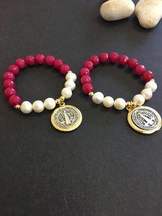 San Benedicto pulsera semi preciadas piedras y perlas naturales