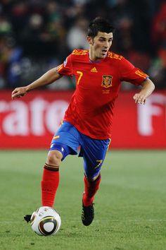 David Villa, lo mejor delantero en el mundo! (the best striker in the world!) THREE DAYS TIL THE WORLD CUP!