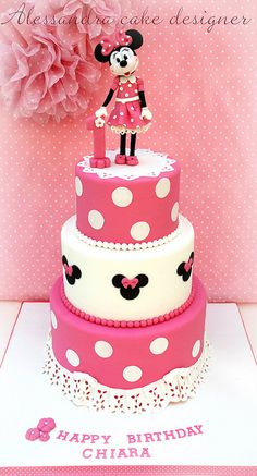 MINNIE CAKE by Alessandra Cake Designer, via Flickr