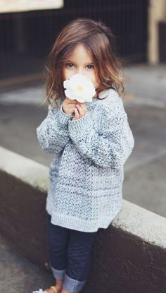This little girl is so cute! I want her.